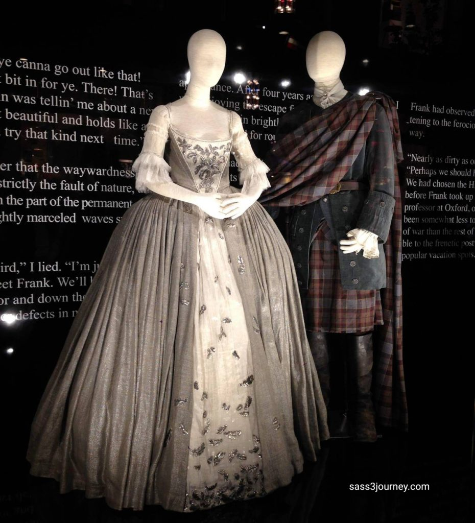 Claire and Jaime's wedding attire in Outlander season 1