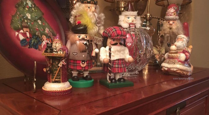 Outlander Christmas Holiday Decor Ideas