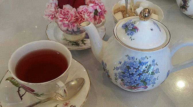 Remembrance of Outlander Season 1:  The Enchantment of Tea Leaf Readings