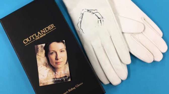 An Outlander Review of Claire Fraser's Riding Gloves by AbbyShot